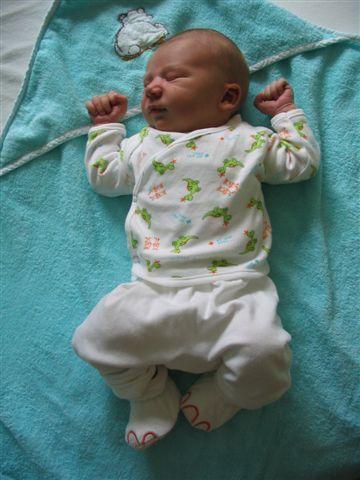 Tygo 4 dagen oud